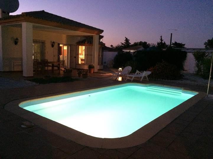 pool_light2