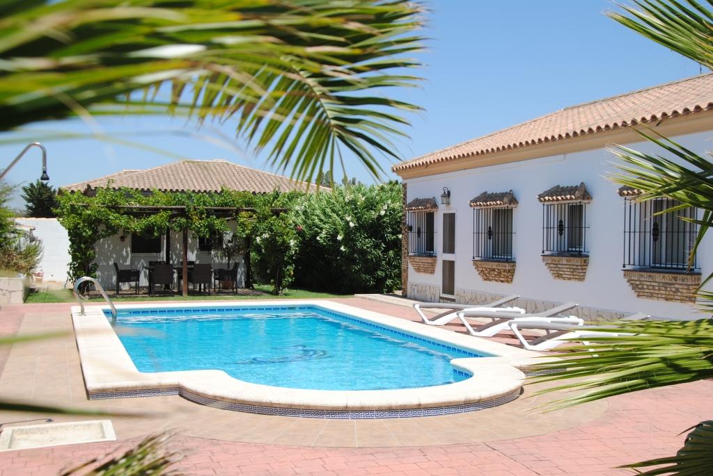 510_Casapeterpan_ferienhaus_chiclana_holidayhomellanosdelasmaravillas.1-1024x685