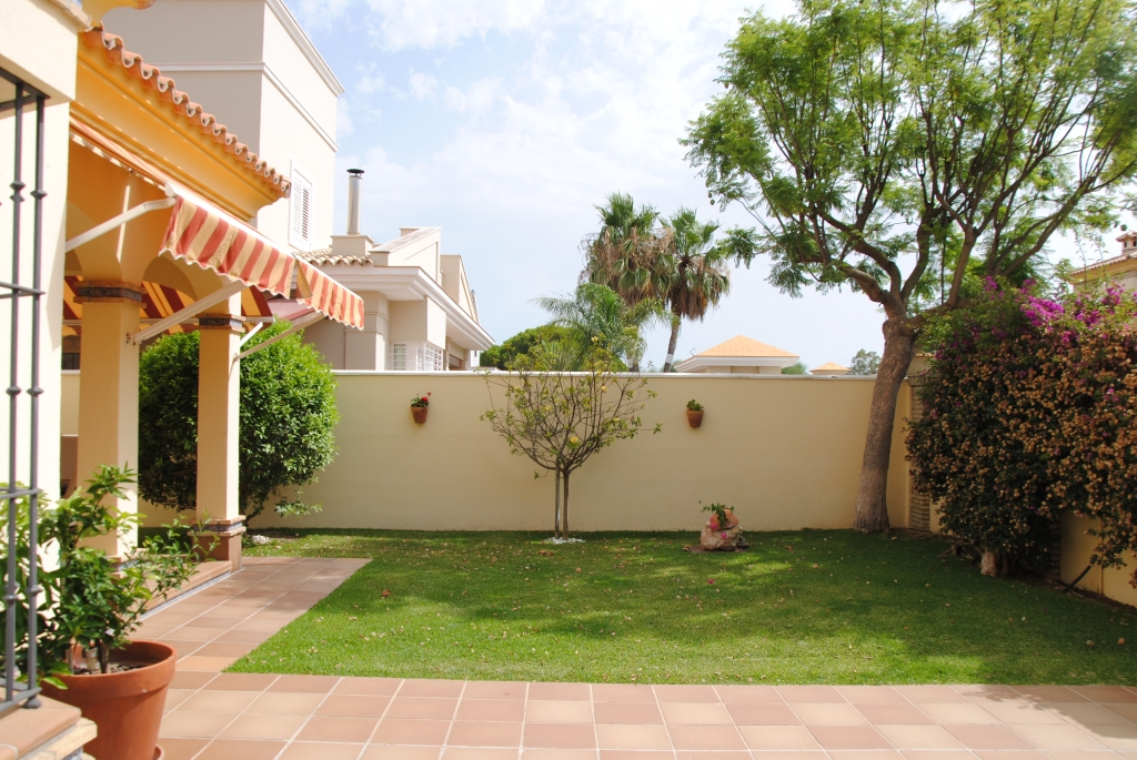 villa_yacaranda-immobilien_properties_chiclanalabarrosa2.0-1024x685