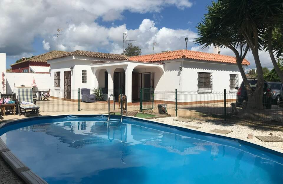 pool-house-960x623